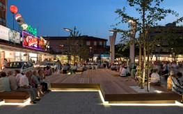 Piazza Mazzini a Jesolo, zona di ritrovi e passeggio